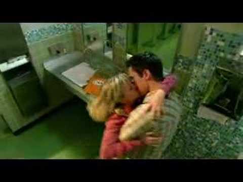 Logan and Veronica - Somersault