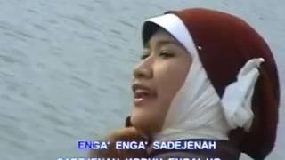Video Lagu Madura Voc Siti Maimunah Pulau Madureh download MP3, 3GP, MP4, WEBM, AVI, FLV November 2018