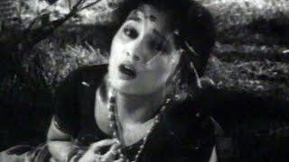 Suryakant, Asha Kale, Ashi Rangali Raat - Marathi Action Scene 9/9