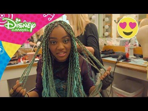 Descendants 2: Backstage med China - Disney Channel Norge