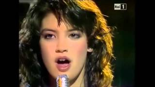 Repeat youtube video Phoebe Cates   Paradise 1982
