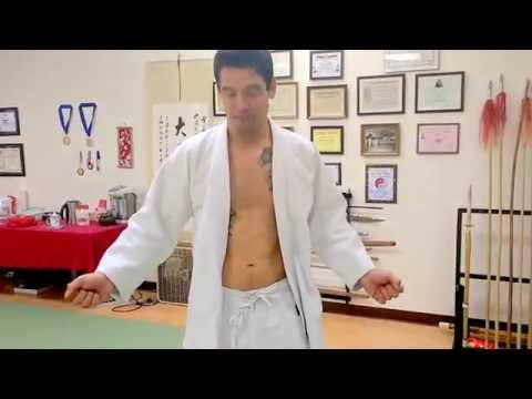 How to tie your judo pants and belt