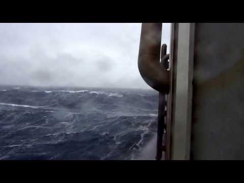 Storm on FPSO Schiehallion