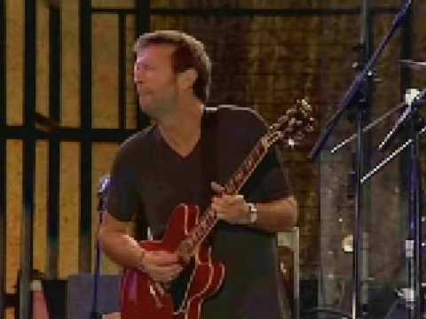Eric Clapton - I'm tore down [Live in Hyde Park 1996]