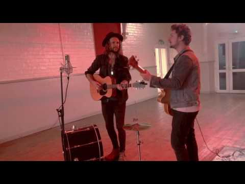 Cooper & Davies - Walk Right Back (The Everly Brothers)
