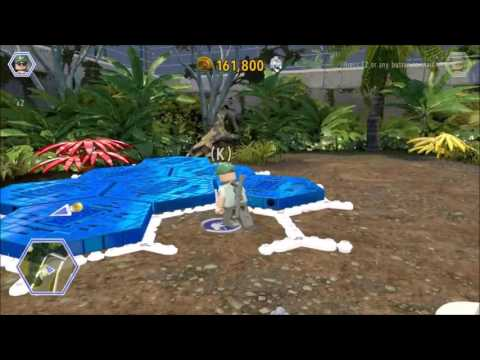 Lego Jurassic World. The Dilo unlocks a Gold Brick, Herbivore Territory, Jurassic Park.