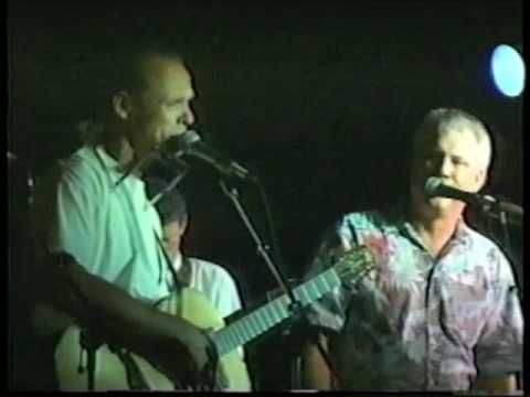 Jonathan Edwards sings