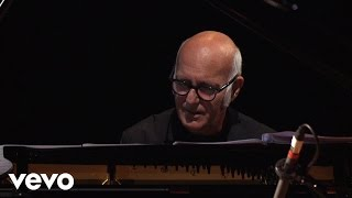 Ludovico Einaudi - Logos (Elements Special Edition)