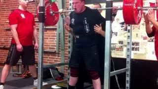 Reverse band squat - Knæbind - 270kg (120kg tension band)