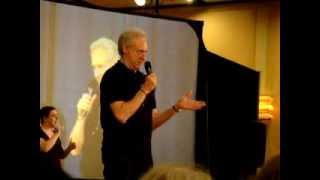 Brent Spiner at Shore Leave 35 doing his Patrick Stewart impersonation