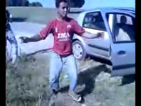 Kindir Ou Ndirleh looooo رقص لشاب جزائري لشاب سنوسي