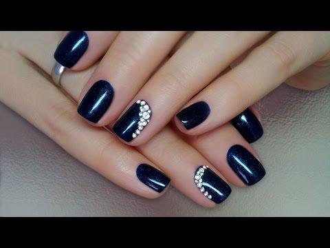 Фото новинки 2016 года дизайн ногтей со стразами