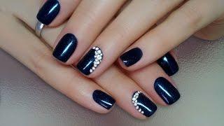 Дизайн ногтей гель-лак shellac - Как приклеить стразы на ногти (видео уроки дизайна ногтей)