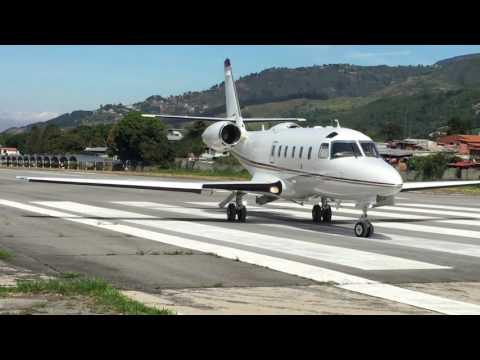 Astra Jet despegando de Merida Venezuela