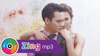 Người Không Đáng - Khắc Việt (Official Music Video)