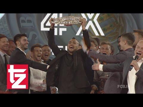 FC Bayern: Meisterfeier 2016 im Postpalast - FC Bayern feiert vierte Meisterschaft in Folge