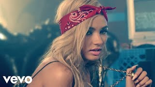 Repeat youtube video Pia Mia - Mr. President (Official)