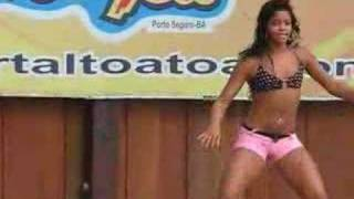 Brazilian cutie dancing