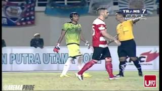Arema Vs Persiba (1-0) Dan Arema Vs Madura United (0-0 Penalti 1-4)