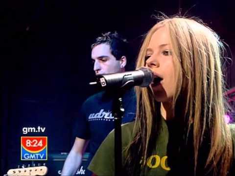 Avril Lavigne - Don't Tell Me @ Live at GMTV 28/04/2004