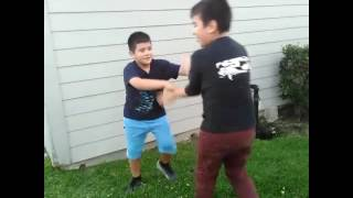 Fight between 6th and 4th grader (must watch)