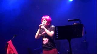 20111224 徐佳瑩-徐太太的葵斯麻詩演唱會-02.串場