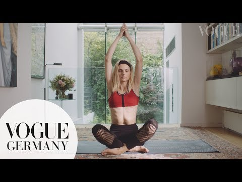 Vogue Model Diaries: Andreja Pejić - YouTube