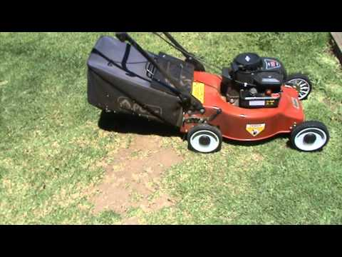 POPE 4 STROKE LAWN MOWER WITH BRIGGS AND STRATION ENGINE