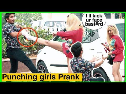 PUNCHING CUTE GIRL'S