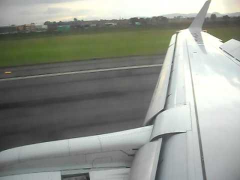 Landing at El Dorado International Airport (SKBO), Embraer 170 FAC-1180 / HK-4528 SATENA