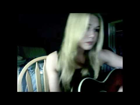 Bleeding Love, Ashlee Hewitt ( Leona Lewis )
