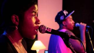 THEESatisfaction - 'QueenS' (Live at 3RRR)