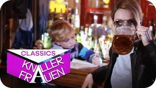 Mit Mama Martina in der Bar