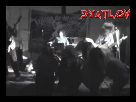Dyatlov - Zombie Ritual (Death Cover) con Julio Rosales de Calavera