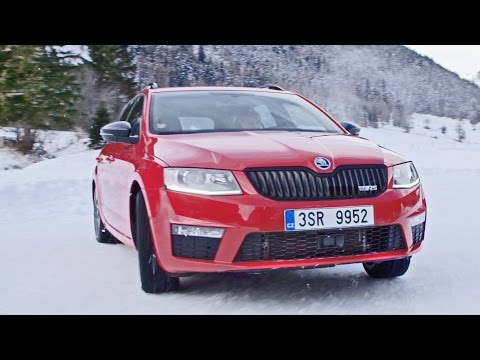 2016 Skoda Octavia Combi RS 4×4 on Snow