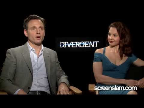 Divergent: Exclusive Interview with Ashley Judd & Tony Goldwyn Divergent
