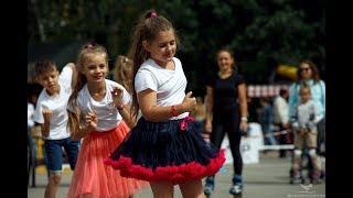 Танцы на роликах от учеников Роллер Омск в Новосибирске!