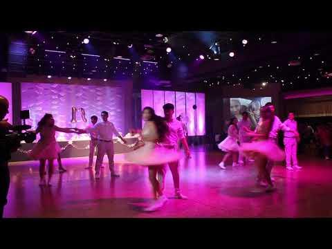 Darte un Beso Surprise Dance!!!!