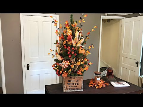 How To Decorate A Fall Tree - Fall Halloween Decorating - Cozy Rustic Autumn Decor