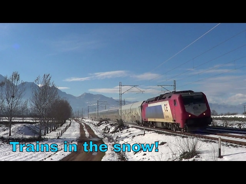 Greek trains in the snow in Viotia prefecture