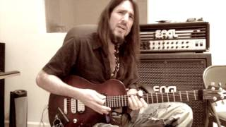 Bumblefoot recording lead guitars to song