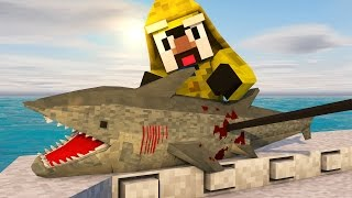 Minecraft | JAWS SHARK HUNTING CHALLENGE - Shark Hunting With Guns! (JAWS, SHARKS, BOAT MOD)