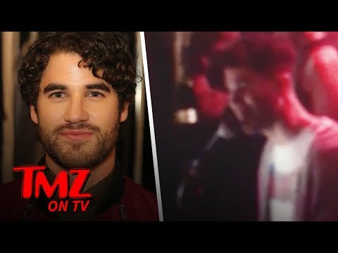 Darren Criss Sings 'Shallow' at Karaoke Piano Bar | TMZ TV