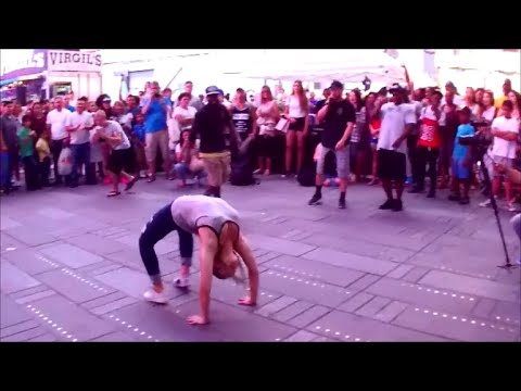 AMAZING GIRL FEMALE DANCER DOES A...