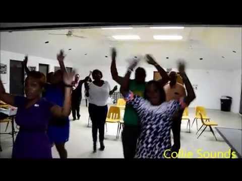 Collie Sounds :) Kiwanis Club of Nassau A.M. Anniversary Karaoke and Fun Night March 30th, 2015