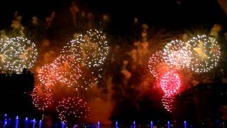 Musical Fireworks [Dancing Fireworks] at Opening Ceremony of Jumeirah Zabeel Saray - HD