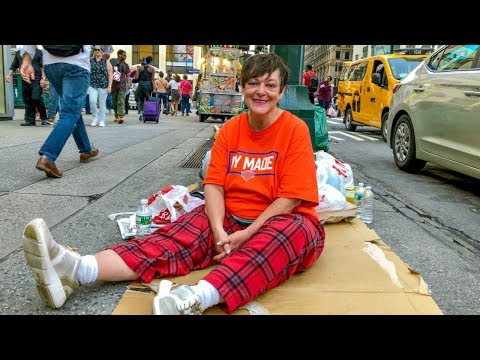 Disabled Homeless Woman Literally Sleeps on the Streets of New York City