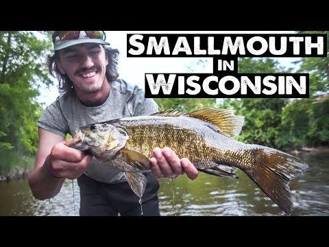 KAYAK RIVER FISHING - WISCONSIN SMALLMOUTH