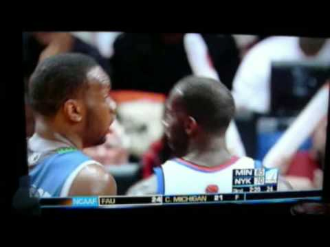 Al Jefferson kissing Tim Thomas