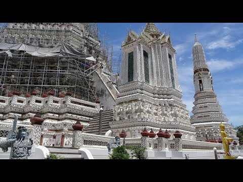 Thailand, Bangkok: A Walk around Wat Arun (Temple of Dawn)